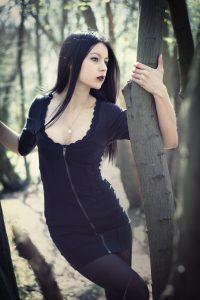 fermuarlı kısa gotik elbise