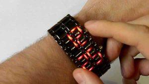 erkeğe yılbaşı hediyesi-led kol saati