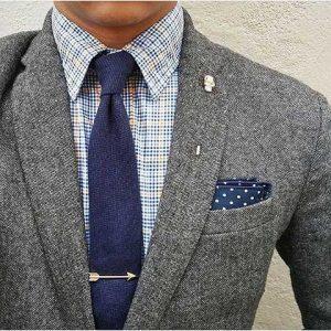 gri blazer-lacivert kravat