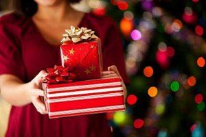 yilbasi-hediyesi-secerken